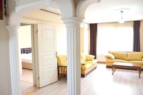 艾利特公寓酒店/