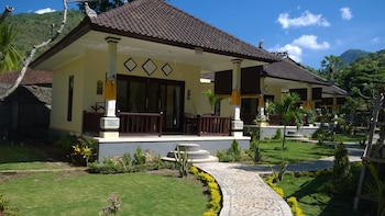 Picture of Bintang Beach Villas in Karangasem