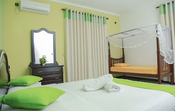Picture of Shenal Residencies in Negombo