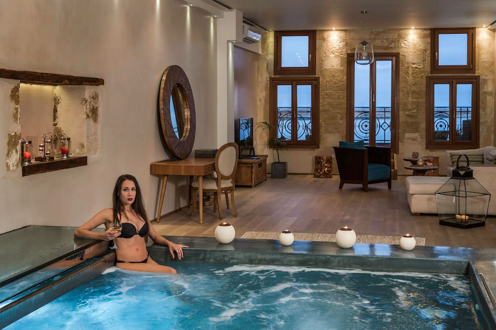 Superior Suite, Balcony, Sea View (with Heated Private Plunge Pool) - Private pool