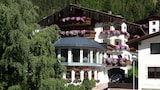 Book this Parking available Hotel in Sankt Leonhard im Pitztal