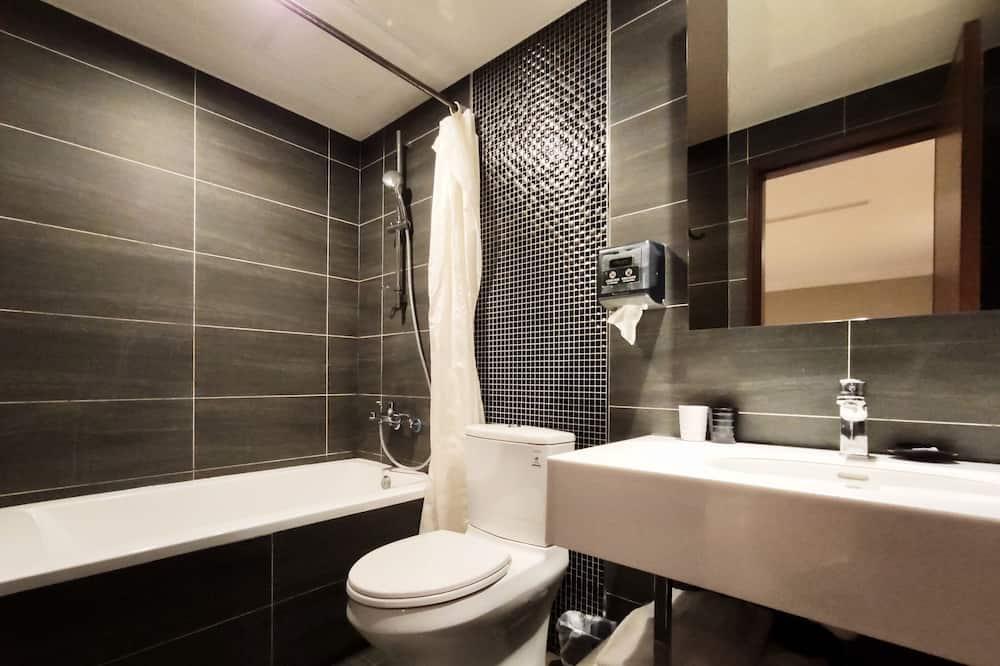 精緻雙人房 - 浴室