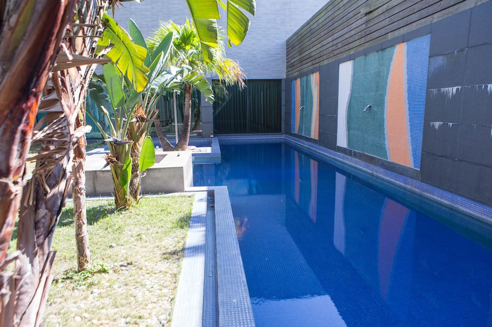 VIP Suite (Check in time starts from 6pm) - Private pool