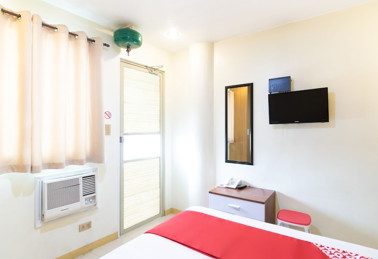 OYO 139 Starlight Bed and Breakfast, Pasay, Standard Double Room, Guest Room