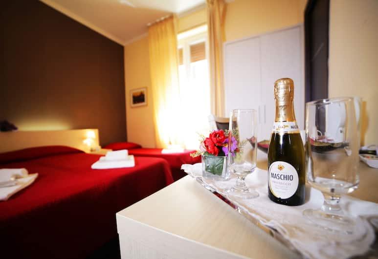 羅馬梵蒂岡套房酒店, 羅馬, 奢華四人房, 客房