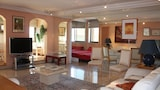 Choose this Apartment in Nice - Online Room Reservations