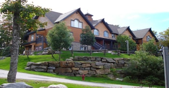 Picture of Les Manoirs - RVMT in Mont-Tremblant