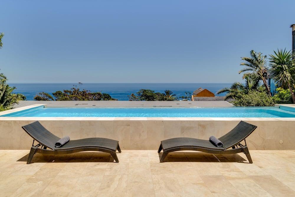 Luxury House, 4 Bedrooms (15 Ottawa) - Outdoor Pool