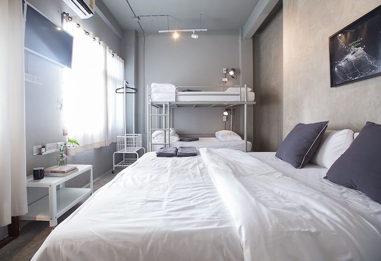 2W Bed & Breakfast Bangkok, Bangkok, Family Room Shared Bathroom For 3 - 4 Persons, Guest Room