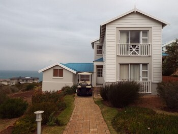 Picture of Pinnacle Point Pool Lodge in Mossel Bay