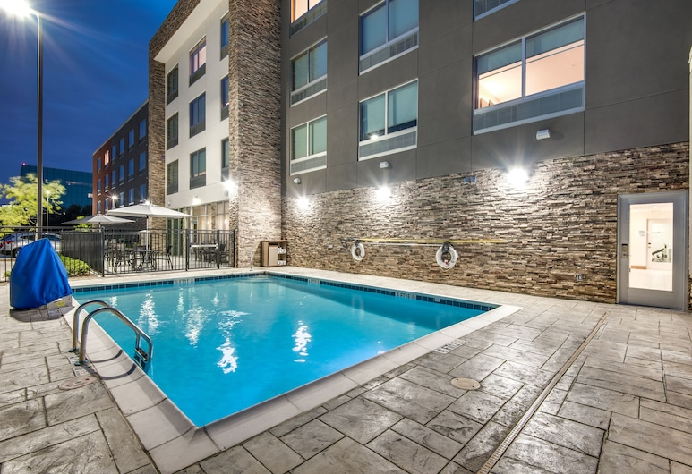 Holiday Inn Express & Suites Dallas North - Addison, Dallas, Pool