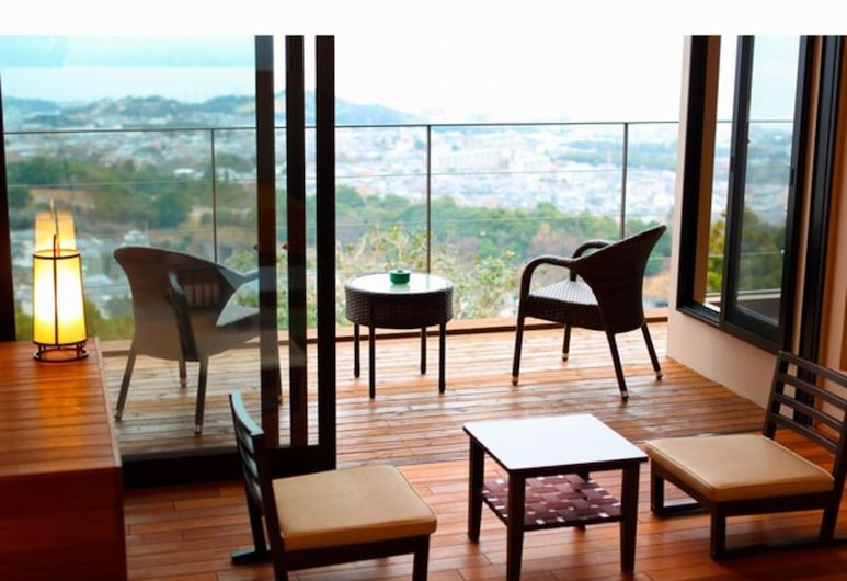 Terrace Midoubaru, Beppu, Tradiční hotelový pokoj, přízemí (Half Open-air Bath), Terasa