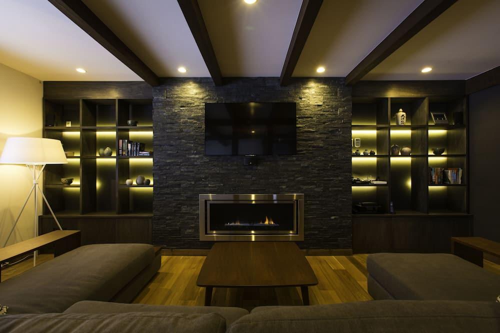Maison, plusieurs chambres (3 Double, 6 Single, 6 bunk beds) - Coin séjour