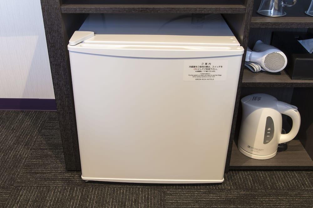 Twin Room A, Non Smoking - Mini Refrigerator