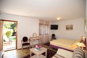 Introduce las fechas para ver los descuentos de hoteles en Cantón de Ticino