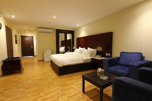 布雷達厄瓦克沙朗酒店/