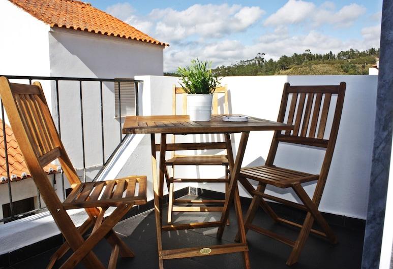 Villaceixe Housestay, Aljezur, Family Suite, Non Smoking, Mountain View, Terrace/Patio