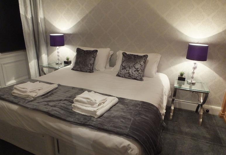 Royal Mile Mansions Apartments, Edinburgh