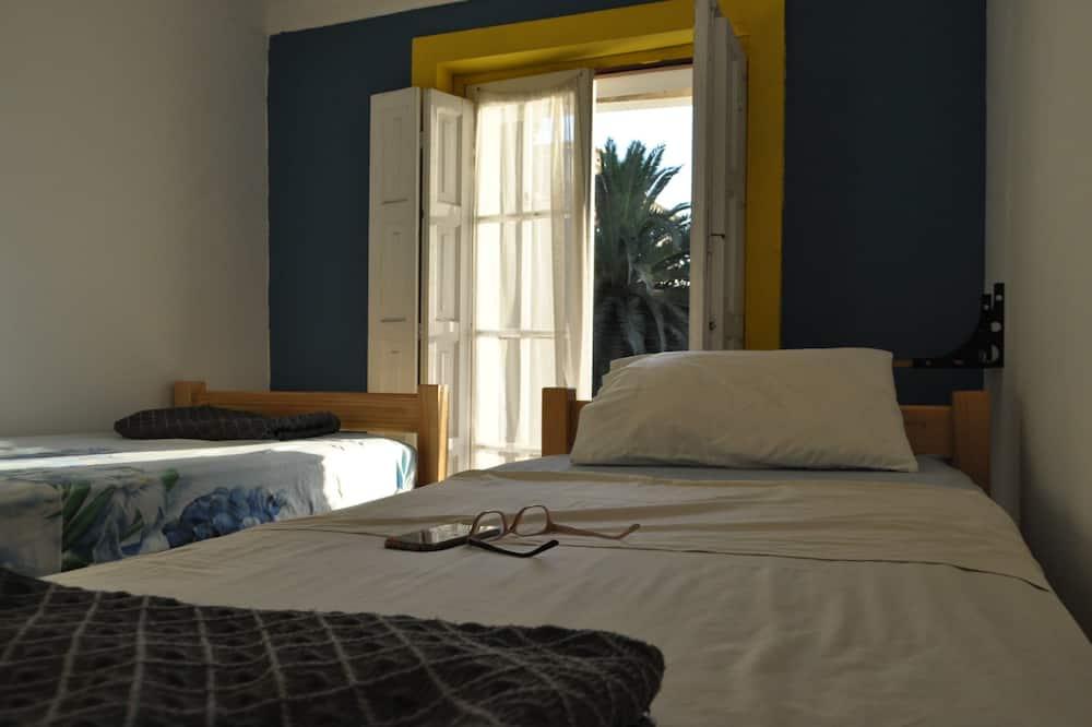 Economy Quadruple Room, Shared Bathroom, Tower - Guest Room