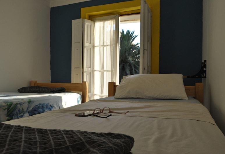 ホステル ユニオン, サンティアゴ, エコノミー 4 人部屋 共用バスルーム タワー, 部屋