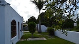 Choose this Apartment in Silver Sands - Online Room Reservations
