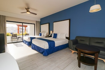 Foto do Medano Hotel and Suites em Cabo San Lucas