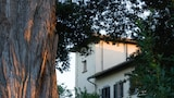 Book this Free Breakfast Hotel in Tavarnelle Val di Pesa