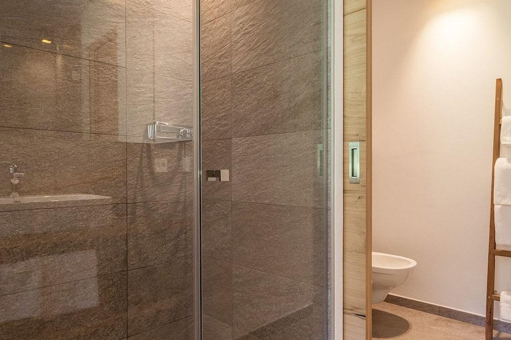 Double Room (vita & lumen) - Bilik mandi