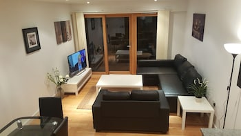 Picture of Latitude Serviced Apartments in Croydon