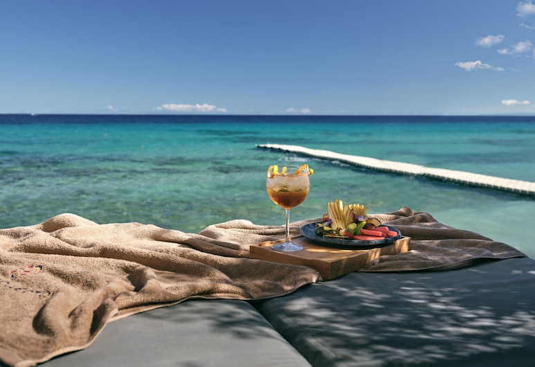 Lesante Blu, a member of The Leading Hotels of the World – Adults Only, Zakynthos, Hotel Bar