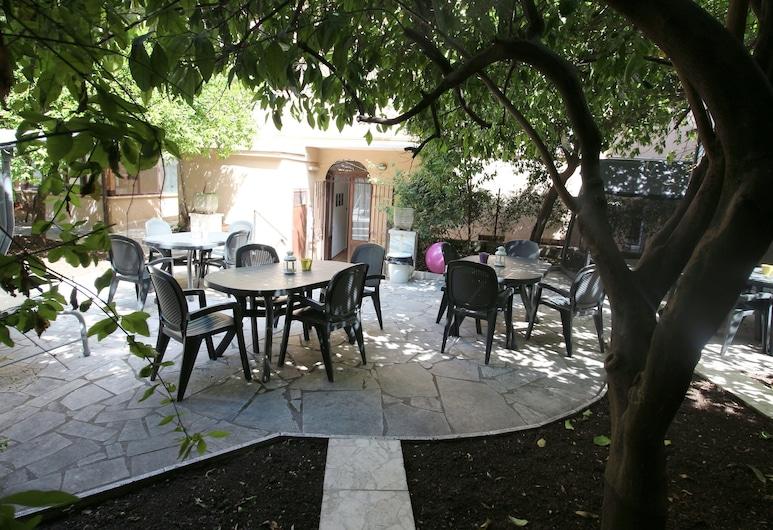 New Generation Hostel Rome Center, Rome, Garden