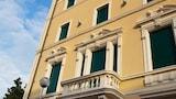 Book this Kitchen Hotel in Viareggio