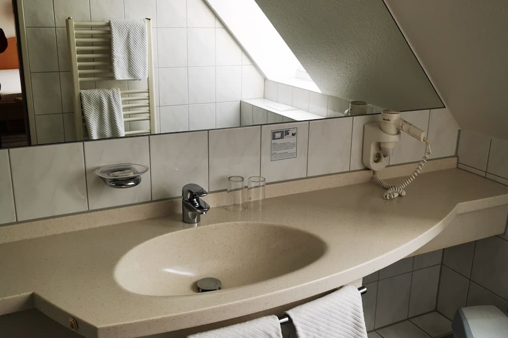 傳統雙床房 - 浴室