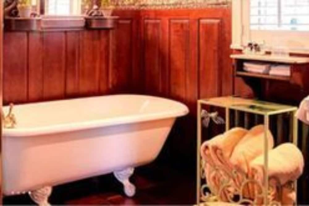 Room, Private Bathroom (Top of the Rose) - Bathroom