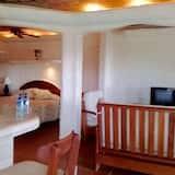 Studiové apartmá typu Deluxe, dvojlůžko (200 cm), přístup k bazénu, orientovaný směrem k moři - Obývací prostor