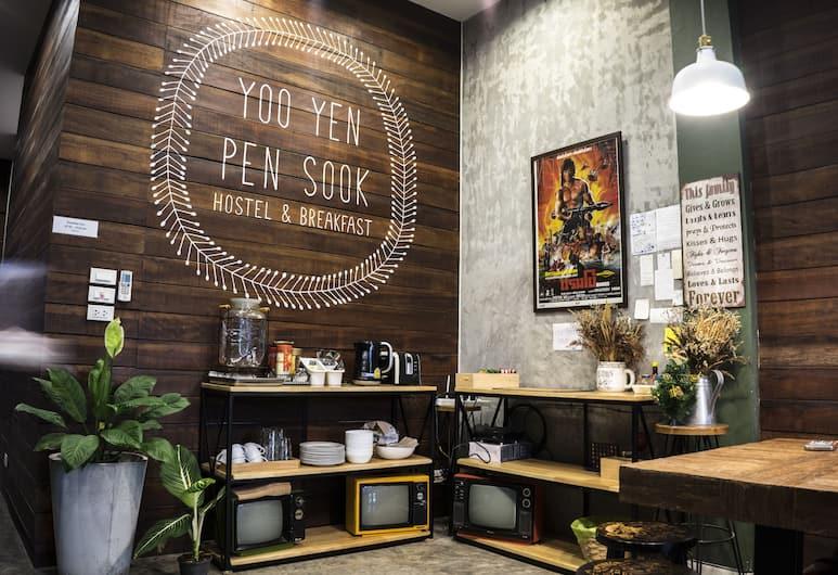 Yoo Yen Pen Sook Hostel, Bangkok, Lobby Lounge