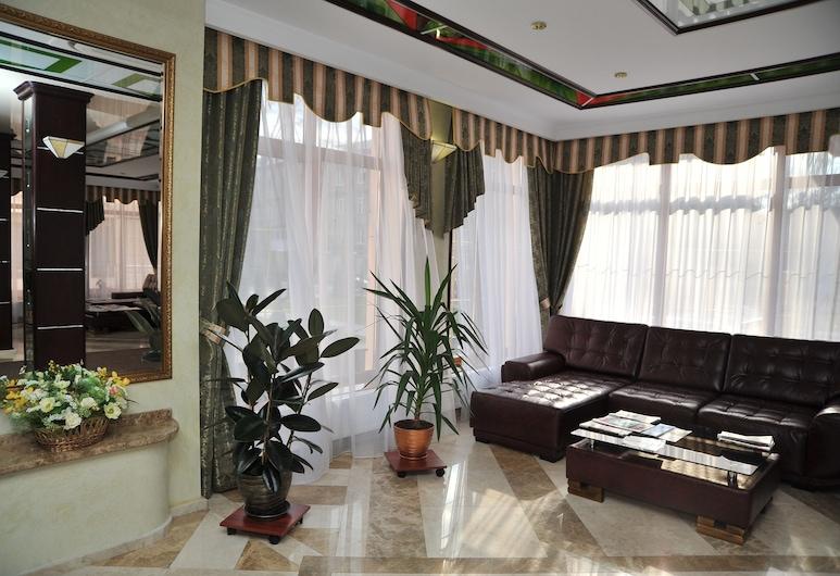 Slava Hotel, Zaporozhye, Lobby Sitting Area