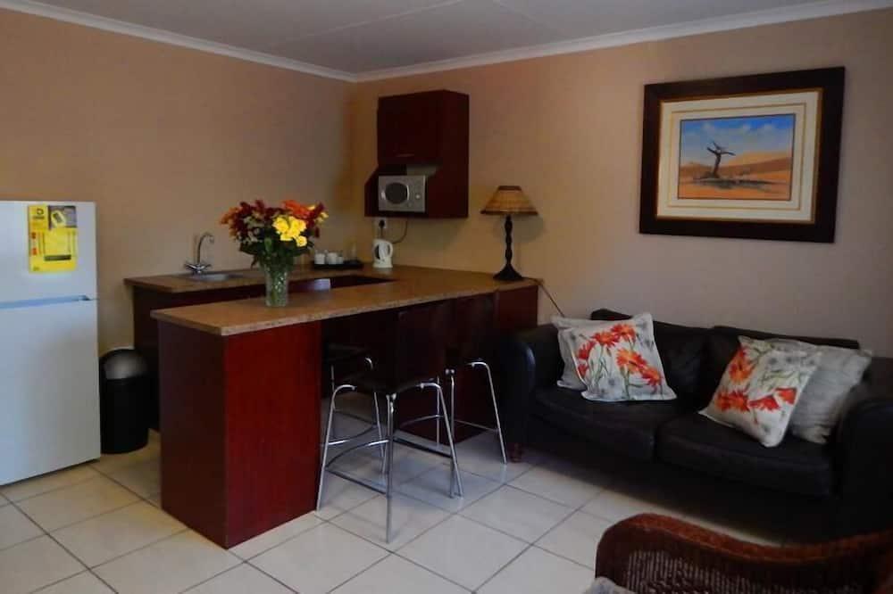 Luxury Double or Twin Room - Living Area
