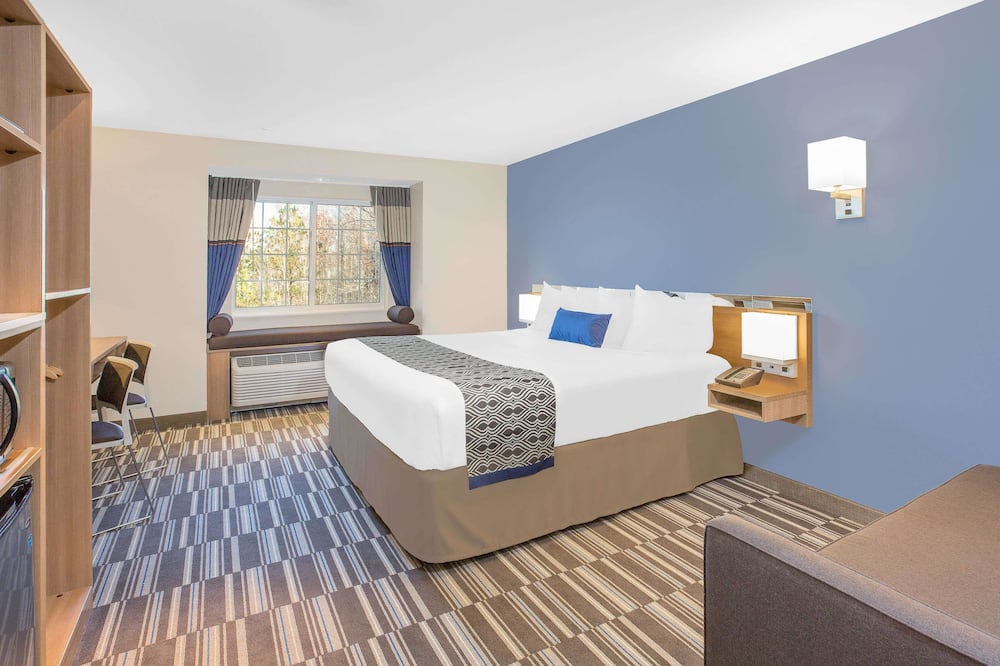 Studio Suite, 1 King Bed, Accessible, Non Smoking - Guest Room