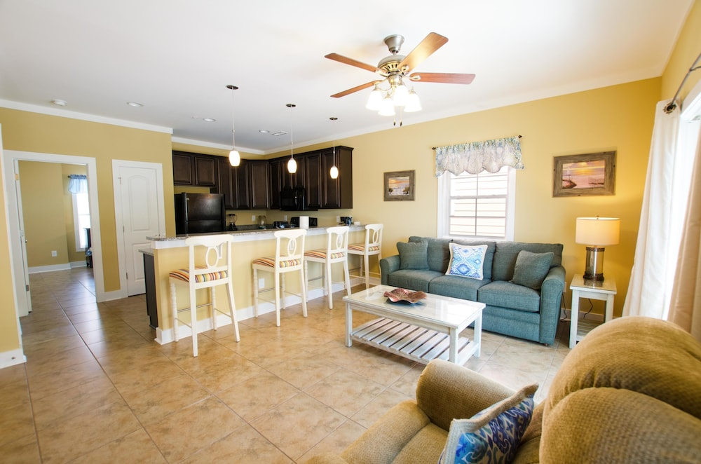 Book South Beach Cottages 4 Bedroom By Affordable Large Properties In Myrtle