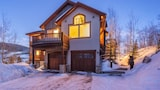 Choose This Luxury Hotel in Silverthorne