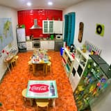Shared Dormitory, Mixed Dorm (8 Beds) - Shared kitchen