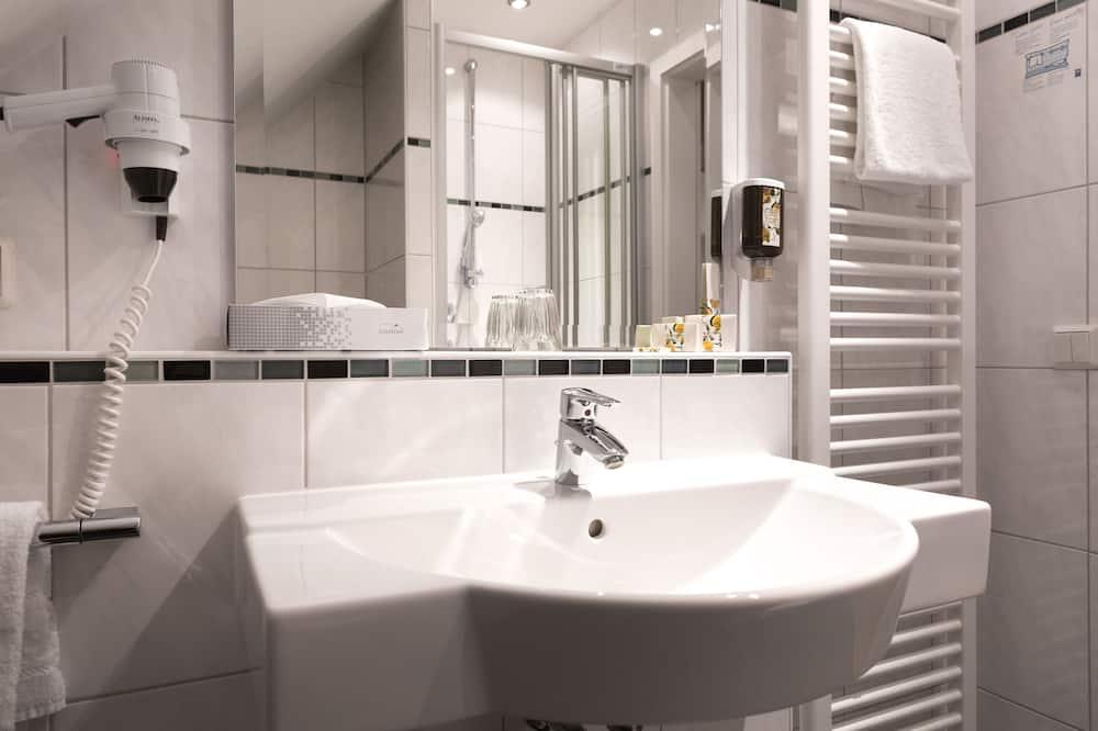 ห้องอีโคโนมีซิงเกิล - ห้องน้ำ