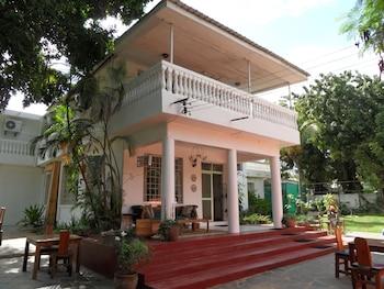 Picture of Boulevard Inn in Dar es Salaam