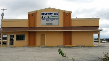 Picture of Best Way Inn in Rolla