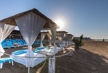 Slika: Helios Hotel - All Inclusive ‒ Side