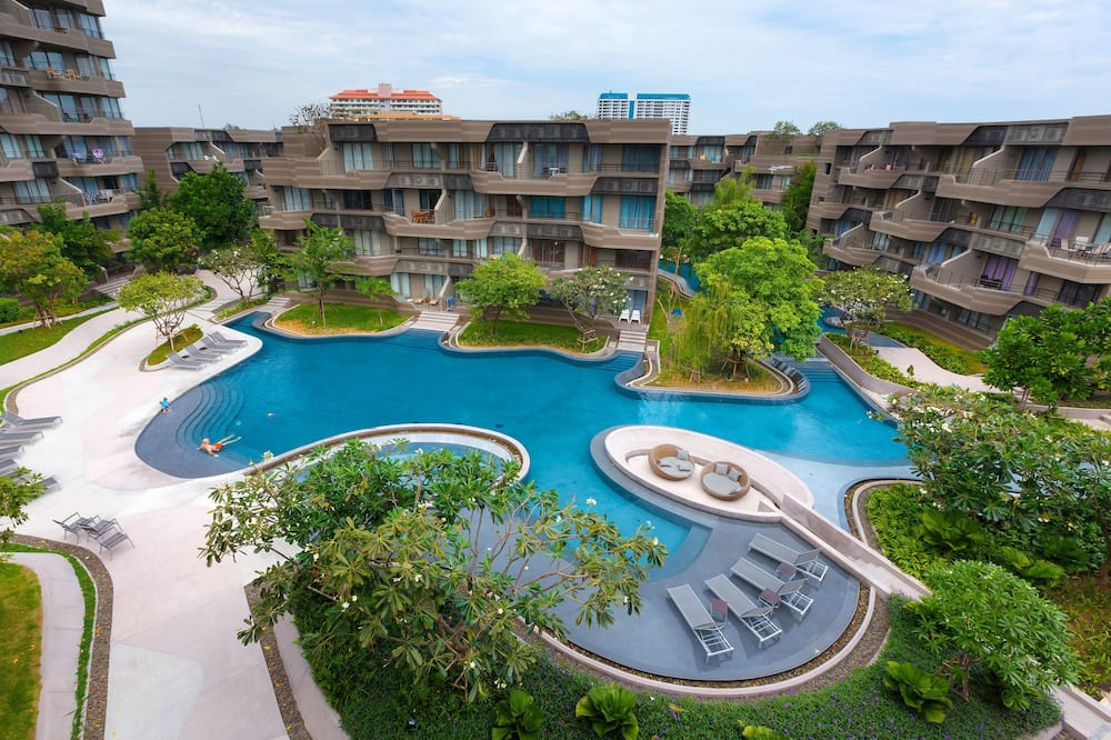 Apartment, 2 Bedrooms, Pool View - Room