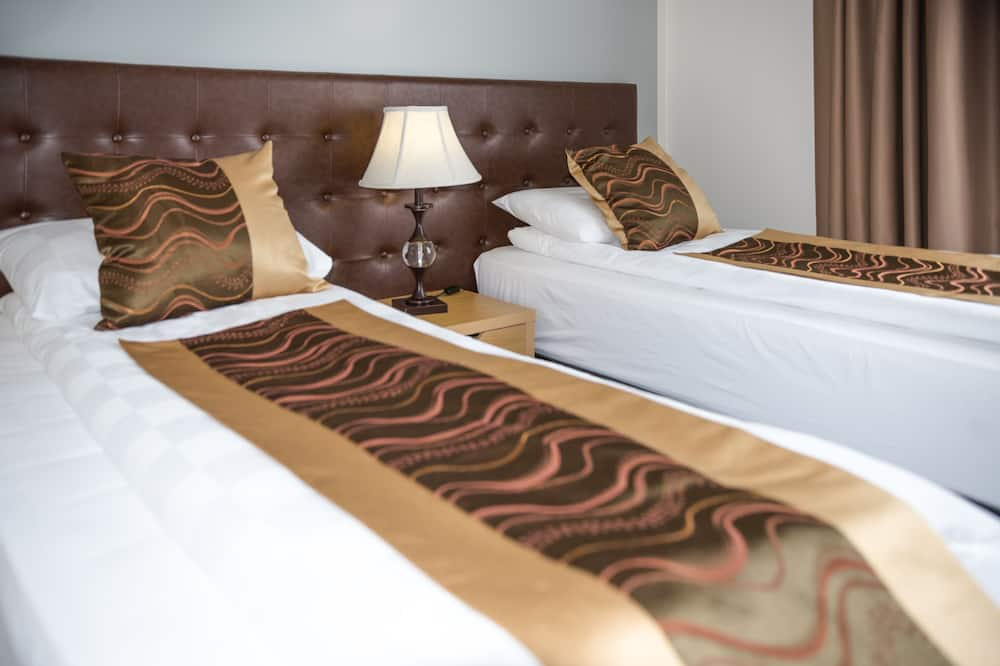 Single Room, 1 Queen Bed, Sea View - Guest Room