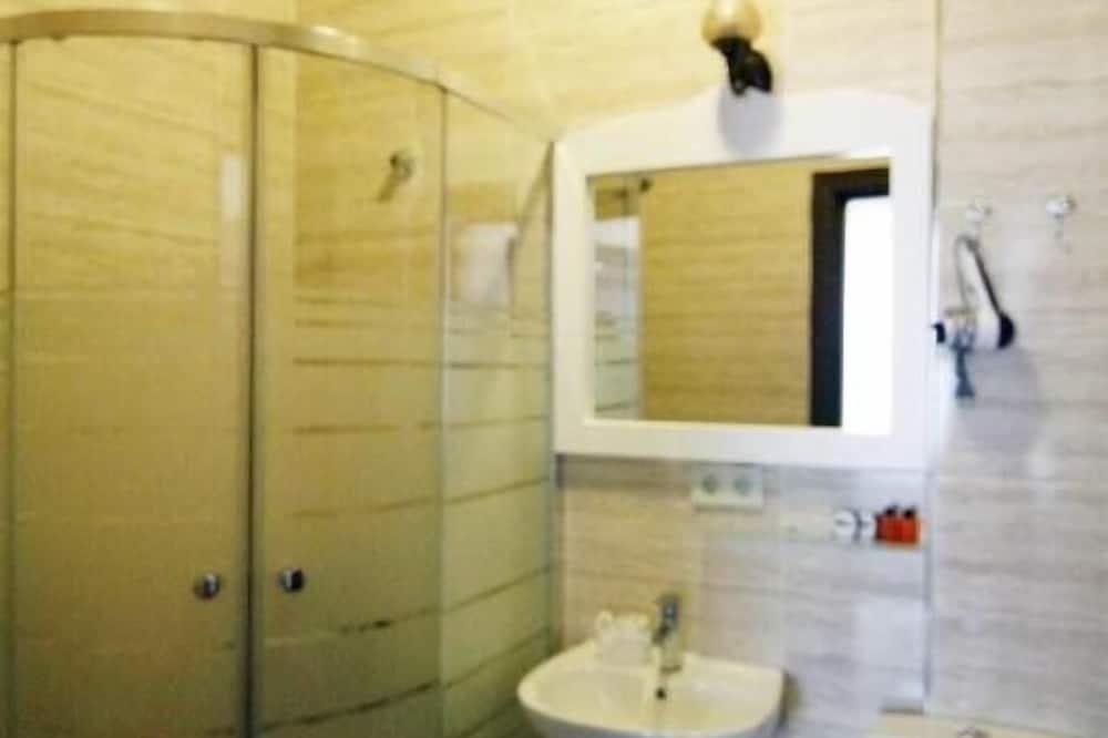 Comfort Room, Balcony - Bathroom