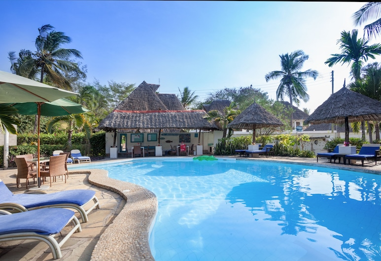 Aestus Villas Resort, Diani Beach, Outdoor Pool